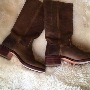 FRYE 9.5 Campus leather boots stacked leather heel